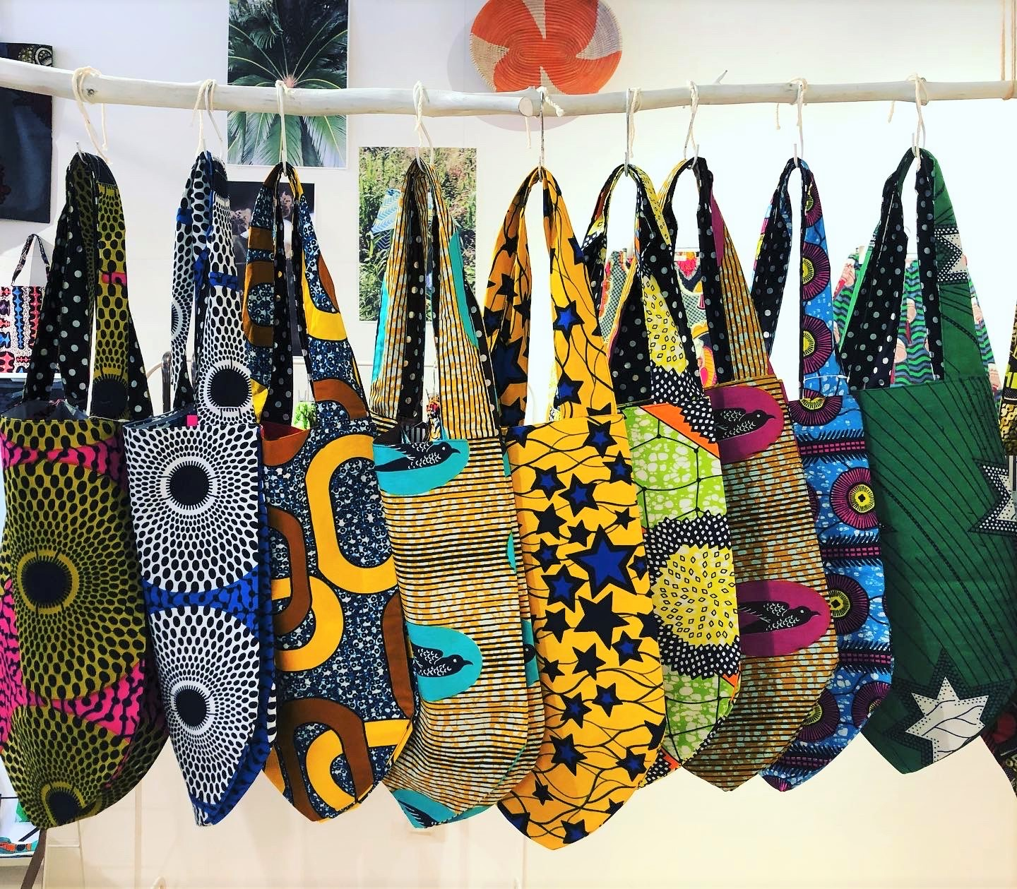 7/9thu-15wed『African textile 煌めく色との出会い2020-ボトムお渡し会&展示販売会』